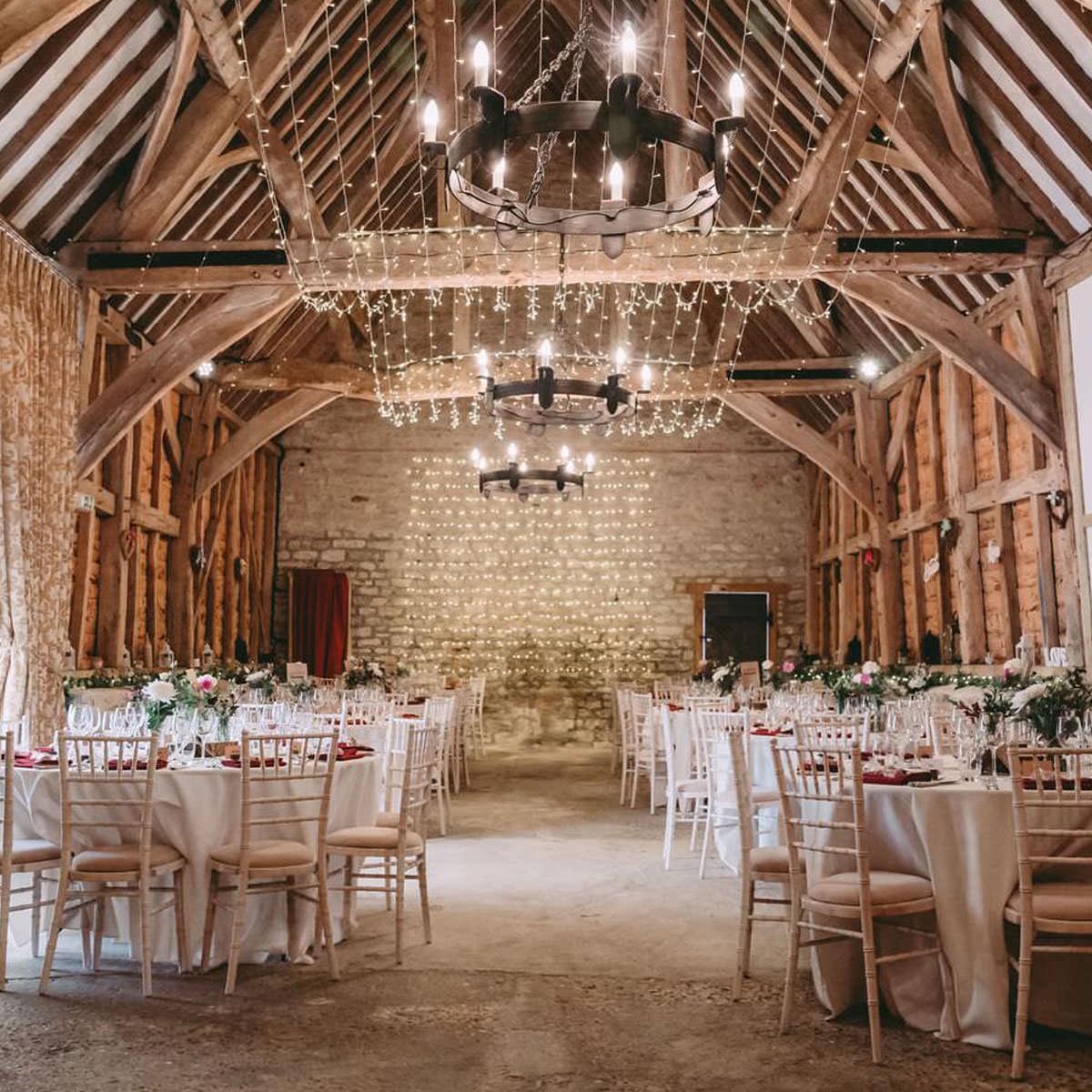 barn wedding venue oxfordshire